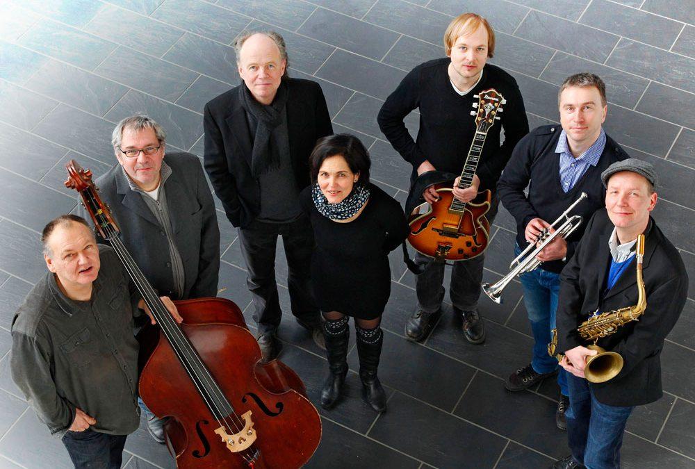 Klangorchester Unna feat. Karin Hatzel
